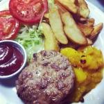 Lelena burger co aversa 3